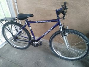 Giant sedona atx mountain bike for Sale in Los Angeles, CA