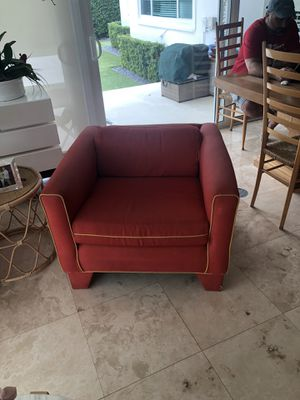 2 armchairs for sale! Great for reupholstering for Sale in Coral Gables, FL