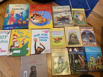 Bundle of kids books All in good condition Comes with all pictured for Sale in Denver,  CO