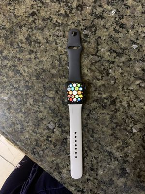 Apple Watch Series 5 for Sale in Philadelphia, PA