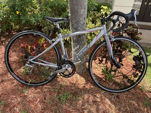 GIANT OCR1 Compact Road Bike for Sale in Weston, FL