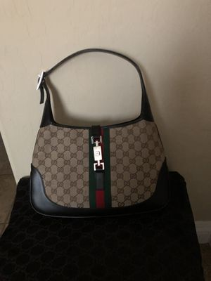 Gucci Hobo purse 👛/ bag new with duffel bag for Sale in Las Vegas, NV