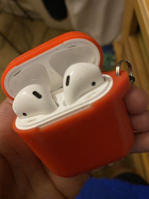 Apple AirPods 2 for Sale in New Cumberland, PA
