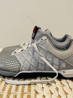 Reebok Women's CrossFit Nano Shoes Sneakers Trainers Size 9.5 CF74 M47103 Grey for Sale in Woodbridge,  VA