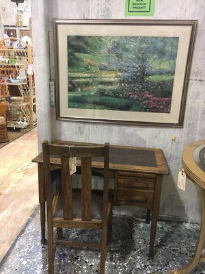Antique desk for Sale in Norcross, GA