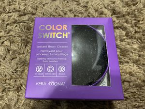 Color Switch waterless makeup brush cleaner for Sale in Cave Creek, AZ