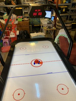 Air hockey table for Sale in Avon, OH