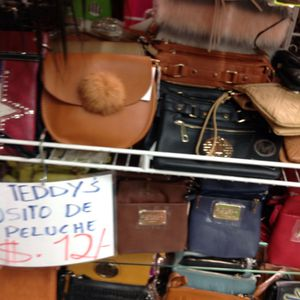 Hand bags for Sale in Houston, TX