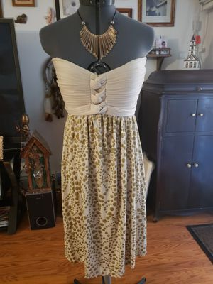 Gadogado designer dress sz medium for Sale in Des Plaines, IL