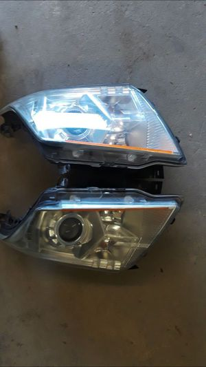 2012 Cadillac SRX headlights for Sale in Dallas, TX