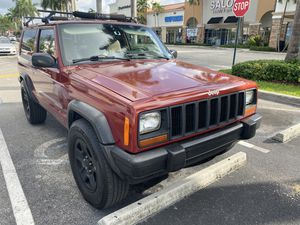 Clean title 99 Jeep xj for Sale in Hialeah, FL