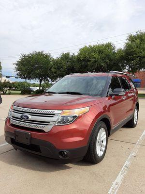 Ford explorer xlt 2014 2015 2016 2017 2013 2012 for Sale in Arlington, TX