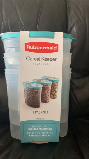Rubbermaid food storage container for Sale in Tustin, CA
