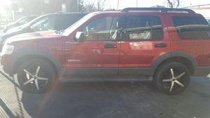 06 ford explorer xlt 115xxx miles for Sale in Saint Louis, MO