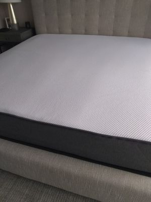 New king size Casper mattress only for Sale in Washington, DC