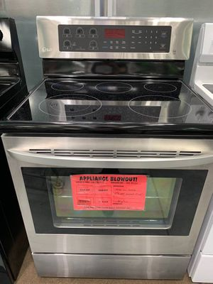 Electric Range and Refrigerator Brand New for Sale in Wichita, KS