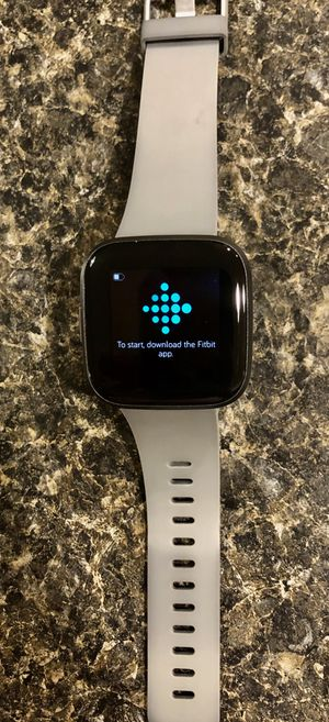 FitBit Versa 2 for Sale in Tumwater, WA