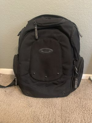 Oakley black padded laptop backpack - like new for Sale in Temecula, CA