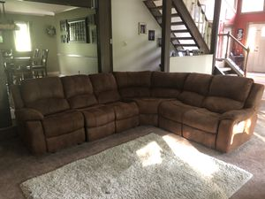 4- piece sectional couch for Sale in Chadds Ford, PA