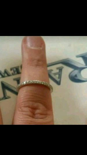 18 kr white gold bez ambar ring size 7 for Sale in Addison, IL