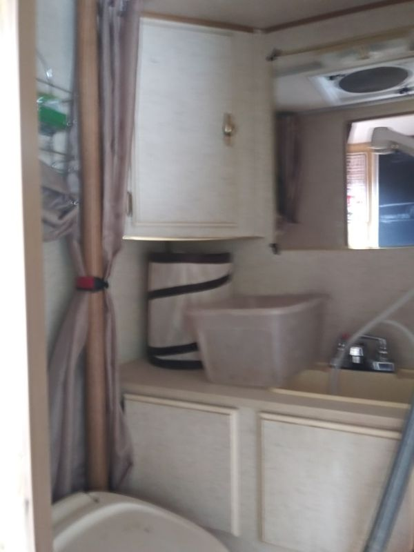 11 ft truck camper