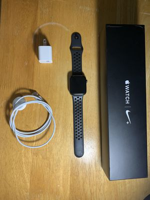 Apple Watch Series 4 (GPS) 44mm for Sale in Alpharetta, GA