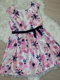 Beautiful Dress Size 6T, $10 for Sale in McClellan Park,  CA