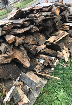 FREE FIREWOOD for Sale in Portland, OR