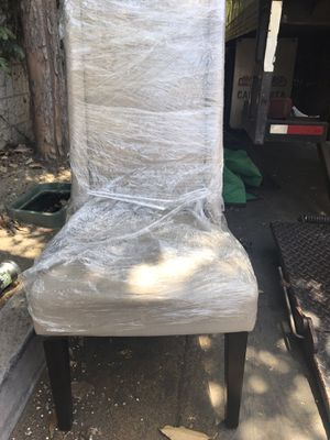 West Elm Parsons Chair for Sale in Los Angeles, CA