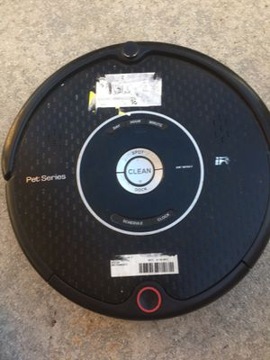 Pet series iRobot vacuum cleaner for Sale in Delray Beach, FL