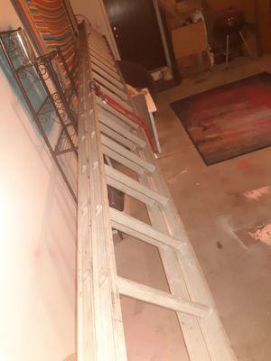 40' extension ladder Werner duty master d 1540-2 for Sale in Burnsville, MN