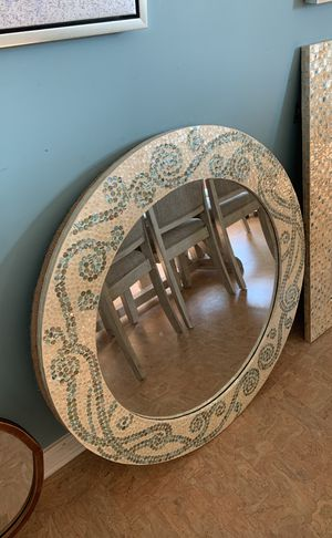 Mirror wall decor for Sale in Southaven, MS