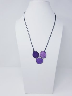 Handmade tagua Nut set necklace and earrings for Sale in Miami, FL
