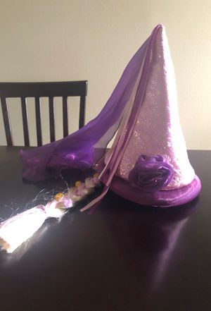 Disneyland Rapunzel Hat for Sale in Montclair, CA