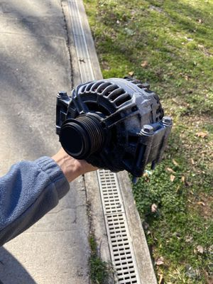 Audi A5 2010 alternator for Sale in Smyrna, GA