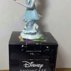 New Grand Jester Studios Disney Showcase Collection Elsa Figurine Disney Enesco 2014 Elsa figurine 4045446 Showcase Collection. This is new and stil for Sale in Alpharetta, GA