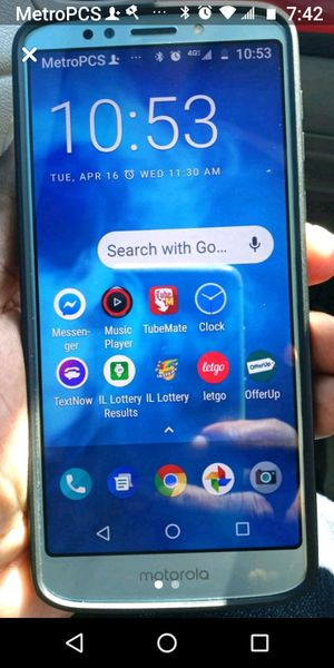 UNLOCKED MOTO E5 PLUS for Sale in Chicago, IL