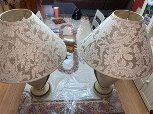 2 taupe lamps for Sale in Cooper City, FL