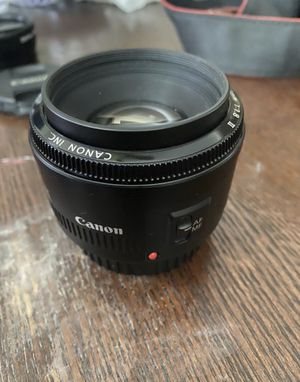 50mm canon lens for Sale in Los Angeles, CA