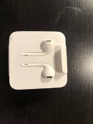 Apple EarPods with Microphone for Sale in Lakewood, CO