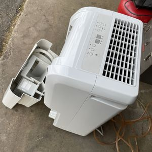 New Condition Dehumidifier Practically New With Remote 60 Pints With Drain pump for Sale in Waterford Township, MI