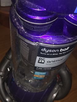 Vacuum cleaner upright Dyson for Sale in Danbury,  CT