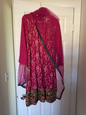 Dark Pink and green embroidered net Anarkali Suit, with net shawl and drawstring pants for Sale in Henderson, NV