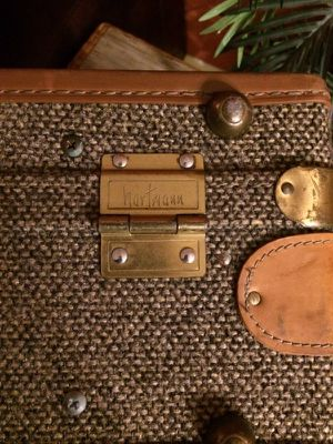 Vintage tweed Hartmann luggage. for Sale in Cary, NC