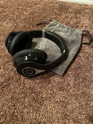 Bluetooth Noise canceling headphones for Sale in San Diego, CA