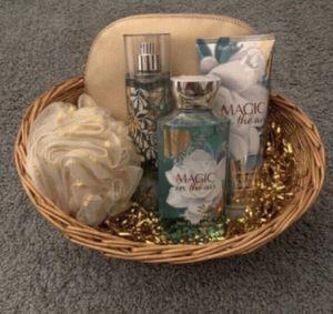 Bath and body works gift set for Sale in San Bernardino, CA
