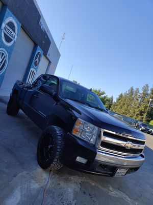08 Silverado LT extended cab for Sale in Fresno, CA