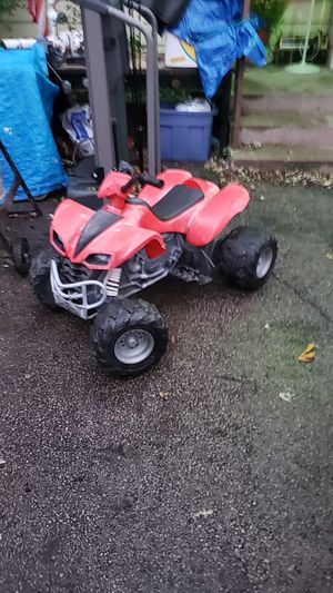 ATV/ 4 Wheeler For Kids Electric Powered for Sale in Worth, IL
