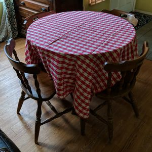 Table and 4 Chairs for Sale in Exeter, CA