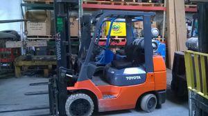 Toyota forklift for Sale in Roseville, MI